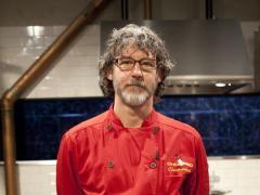 DONS_ROUND-FOUR-Chef-Evans-03-Horz_s4x3_lg